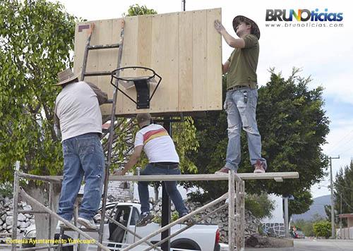 Repararon el tablero de la cancha de basquetbol.