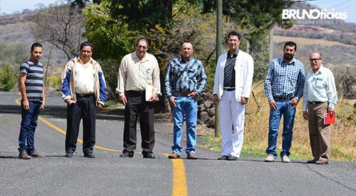 Entrega de rehabilitación camino Churintzio-Huapamacato