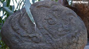 monarcas-churintzio-petroglifo