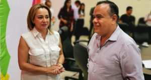 Secretaria de Turismo y Alcalde de Ecuandureo