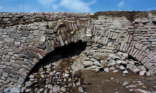 Túnel Albarradón