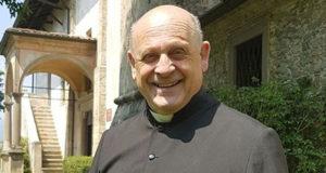 respirador sacerdote italiano