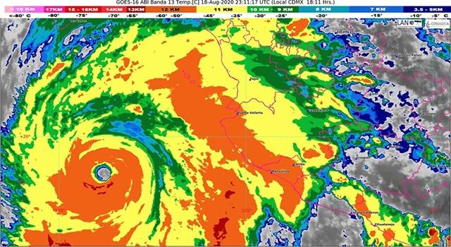 Genevieve huracán