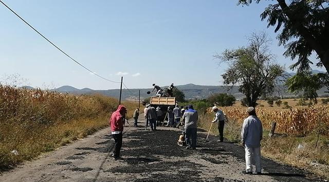 carreteras Penjamillo bacheo 1