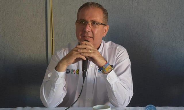 Enrique Godínez